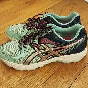 Asics Gel Contend sneakers